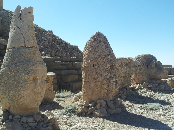 The heads at the top of Nemrut
