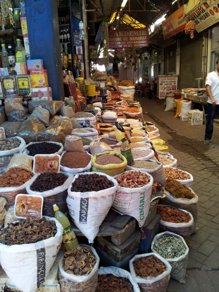 Shopping in Diyarkbakır's old town