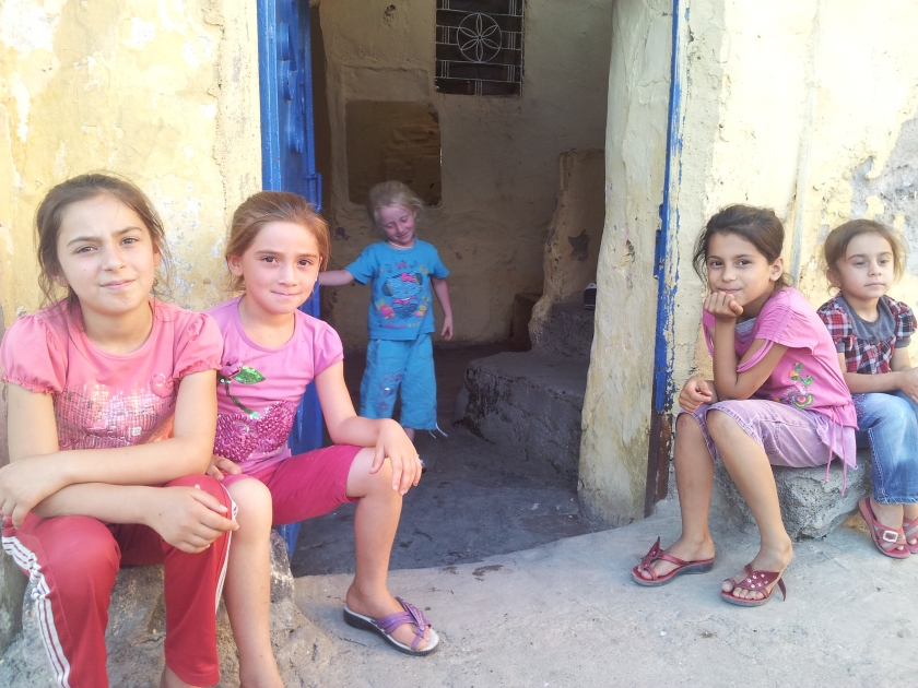Friendly children in Diyarbakır