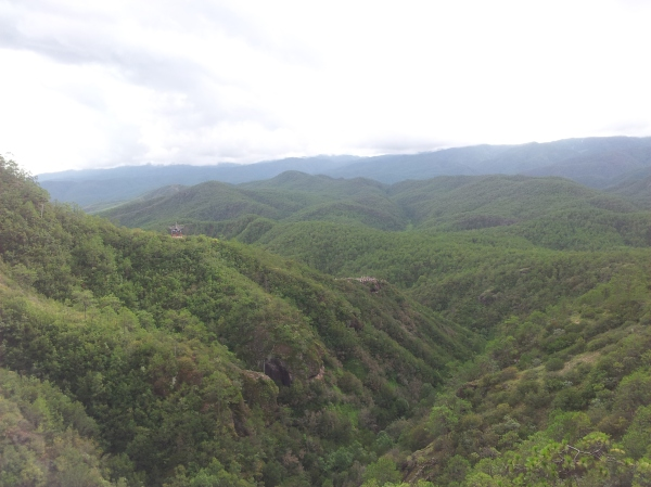 Hiking in Shibaoshan national park close to Shaxi