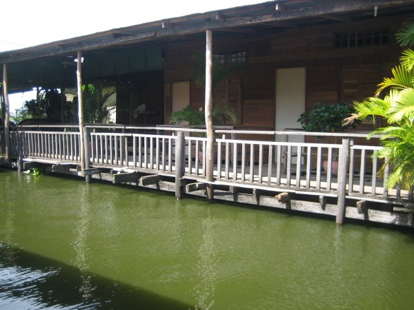 Rooms overlooking the lake at the Lazy Fish