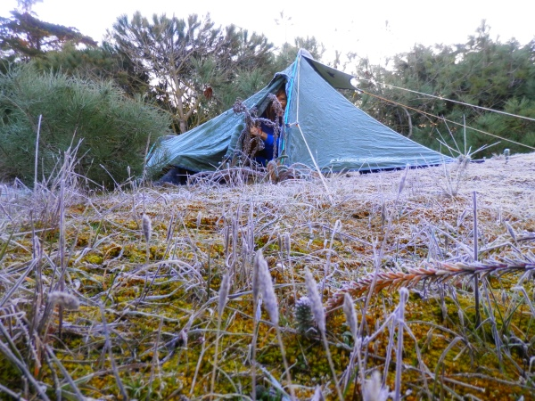 Camping in the frost on the freezing coast in Châtelaillon near La Rochelle
