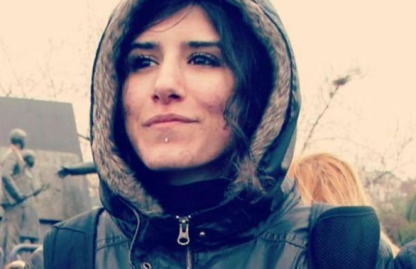 Polen Ünlü, an activist in the conscientious objector movement, died in the bombing in Suruç on 20th July. (Photo taken from JINHA women's news agency)