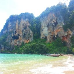 Ton Sai, Thailand: the destruction of paradise